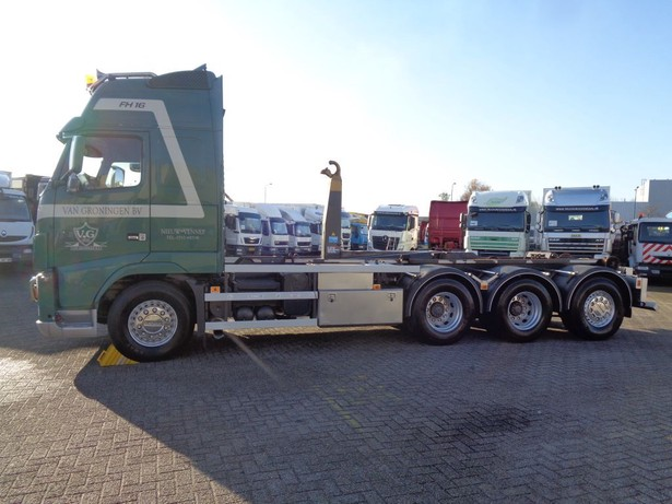 2011-volvo-fh16-540-13160001