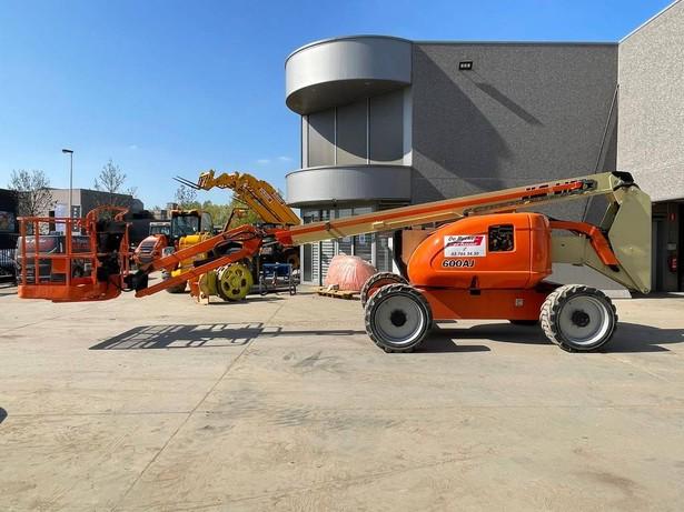 2011-jlg-600-aj-equipment-cover-image