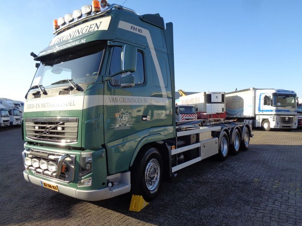 2011-volvo-fh16-540-13159996