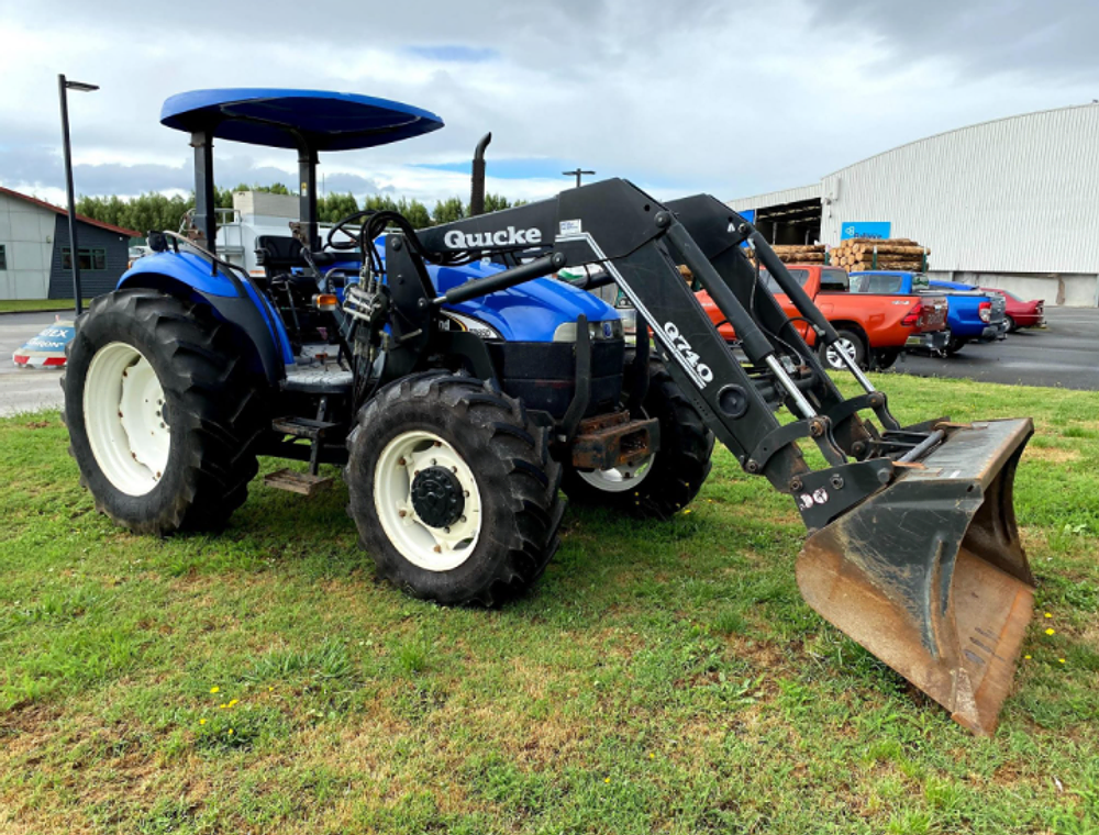 2006-new-holland-td85d-equipment-cover-image