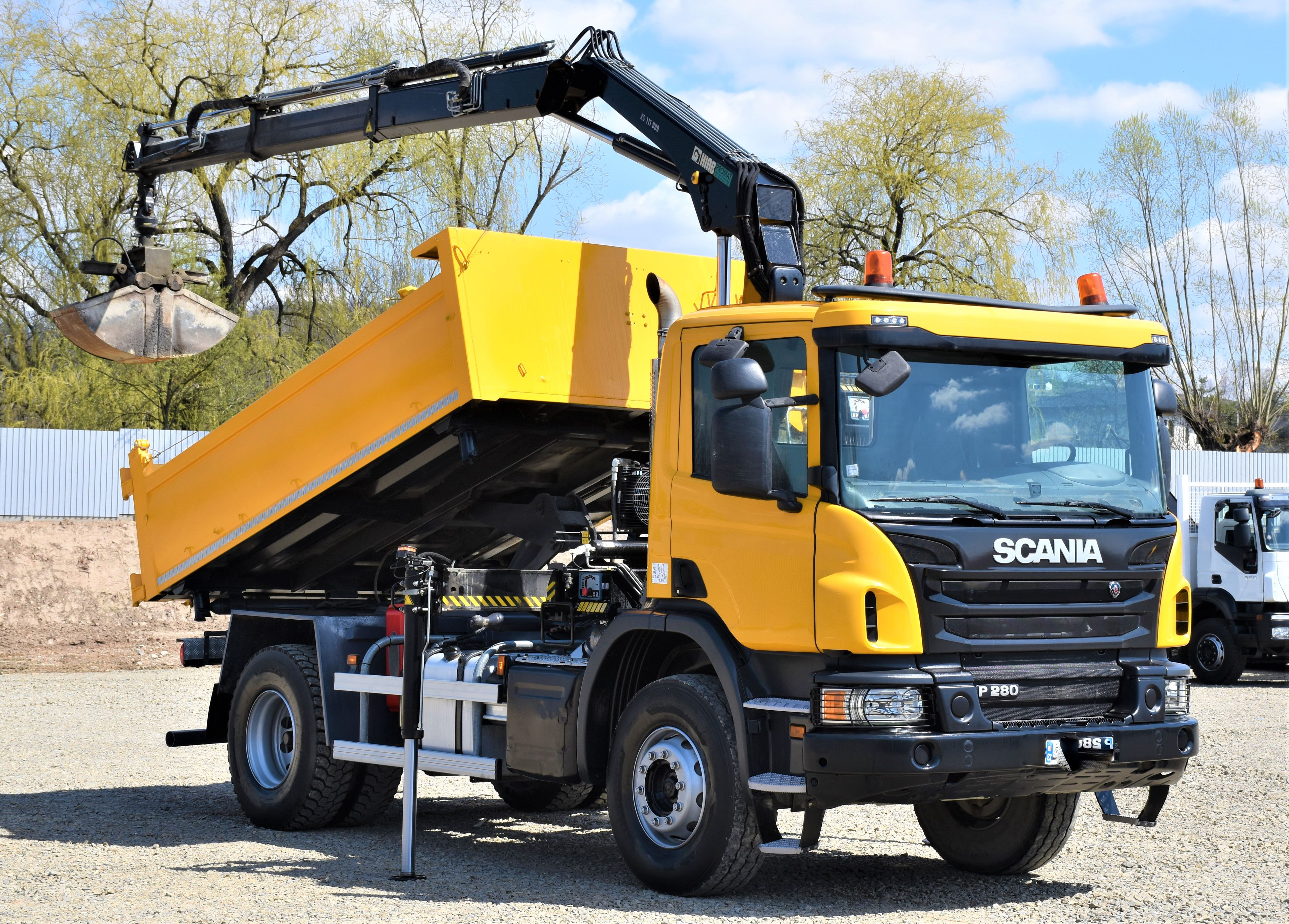 2015-scania-p280-18484501