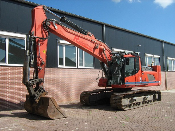 2013-liebherr-r926-lc-equipment-cover-image
