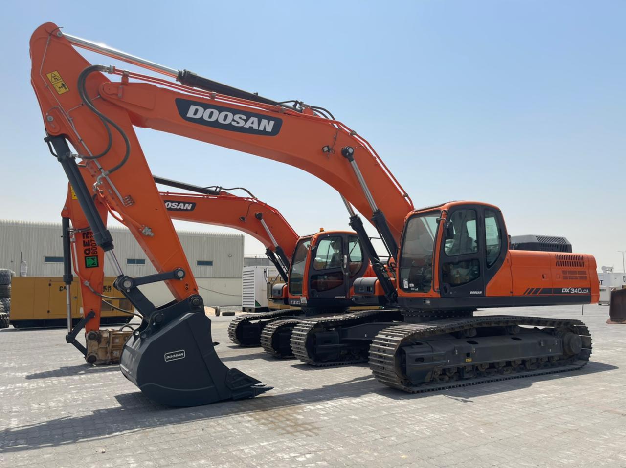 2018-doosan-dx340lca-equipment-cover-image