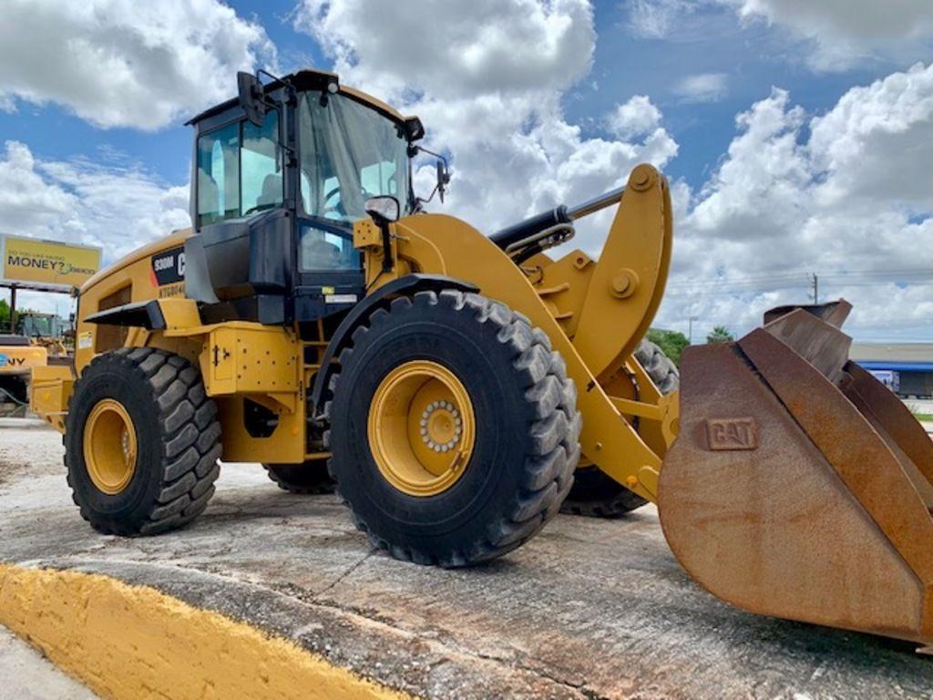 2015-caterpillar-930m-equipment-cover-image