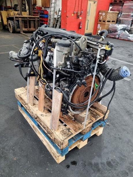 2014-man-d0834-lfl67-equipment-cover-image
