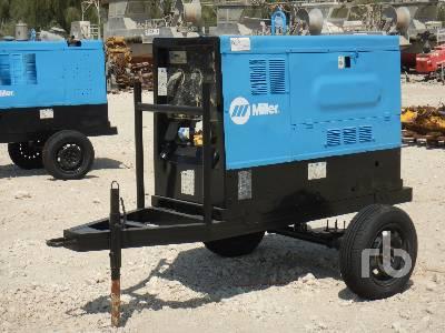 2004-miller-big-blue-452d-387626-equipment-cover-image
