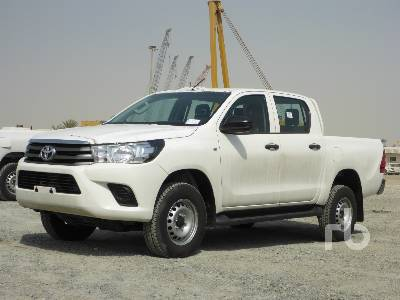 2018-toyota-hilux-370641-equipment-cover-image