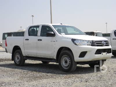 2019-toyota-hilux-370652-equipment-cover-image