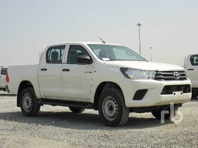 2019-toyota-hilux-370649-equipment-cover-image
