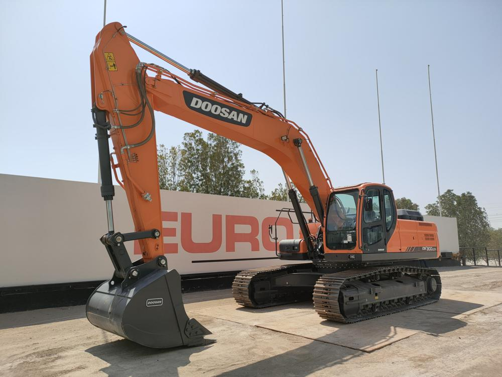 doosan-dx300lca-equipment-cover-image