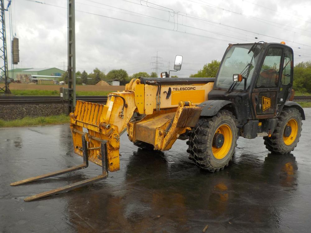 2008-jcb-535-140-390632-equipment-cover-image