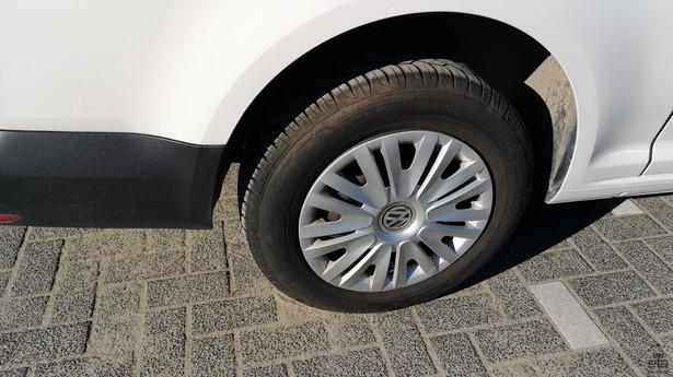 2016-volkswagen-caddy-391642-18772733