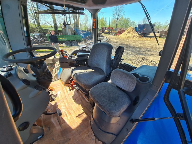 2007-new-holland-t-8040-391577-18771927