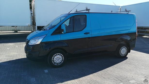 2014-ford-transit-391641-18772694