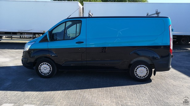 2014-ford-transit-391641-18772695