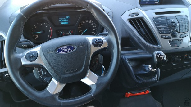 2014-ford-transit-391641-18772718