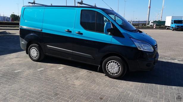 2014-ford-transit-391641-18772700