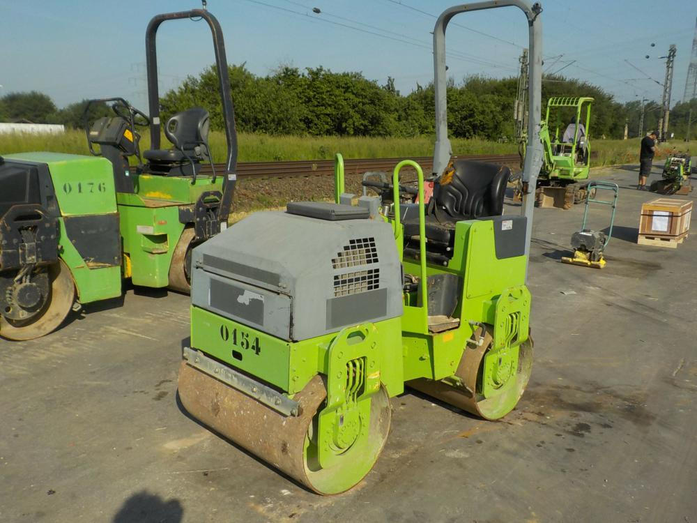 2006-bomag-bw100ad-4-392380-equipment-cover-image