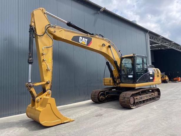2018-caterpillar-320d3-395744-equipment-cover-image