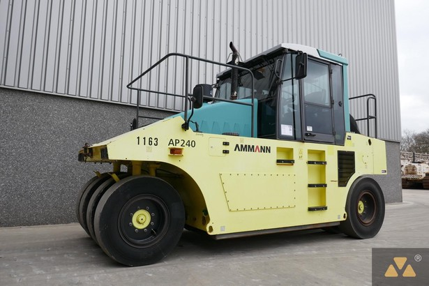 2011-ammann-ap240-398163-equipment-cover-image