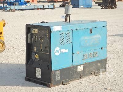 2004-miller-big-blue-452d-398694-equipment-cover-image