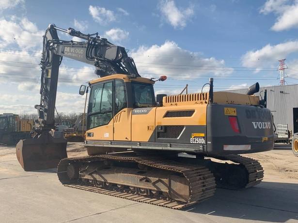 2012-volvo-ec250dl-402194-equipment-cover-image