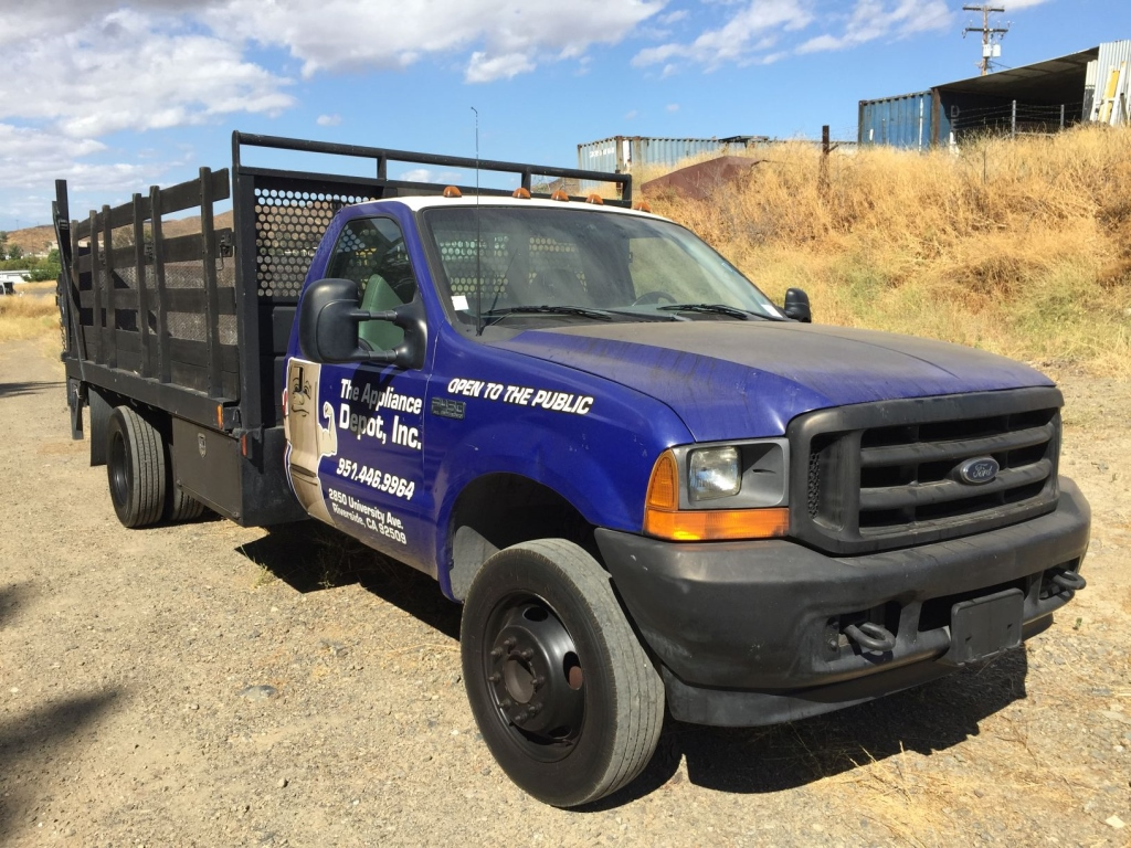 2001-ford-f450-equipment-cover-image