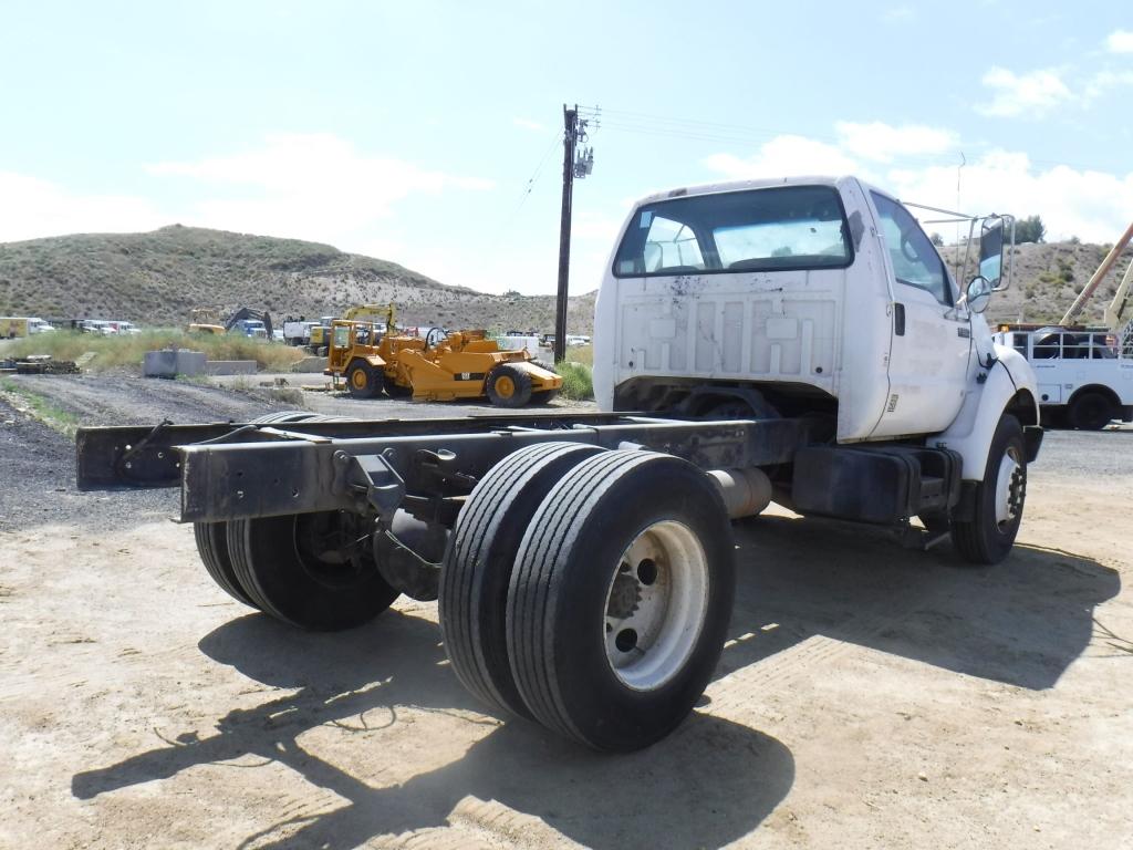2001-ford-f650xl-15265213