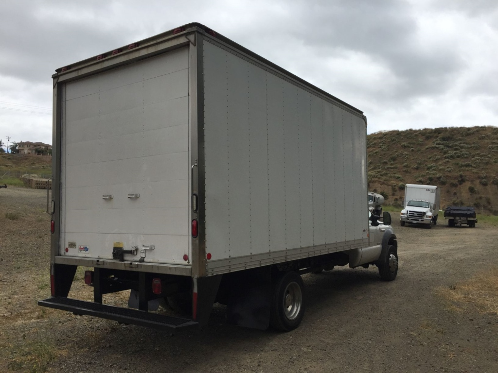 2006-ford-f550-15265274