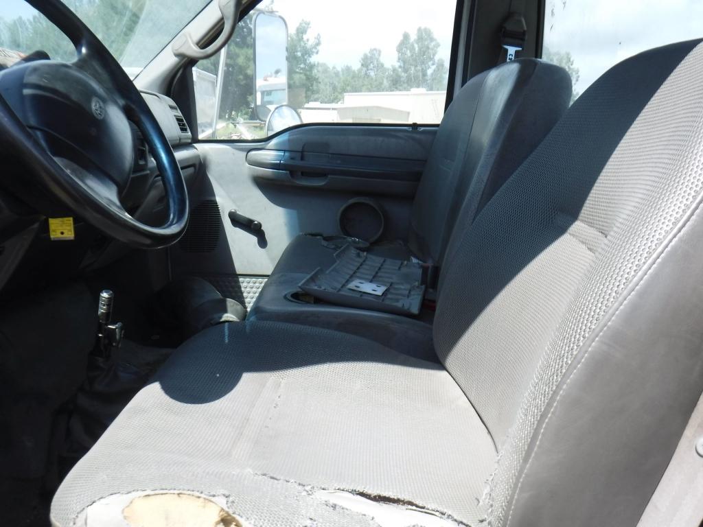 2001-ford-f650xl-15265218