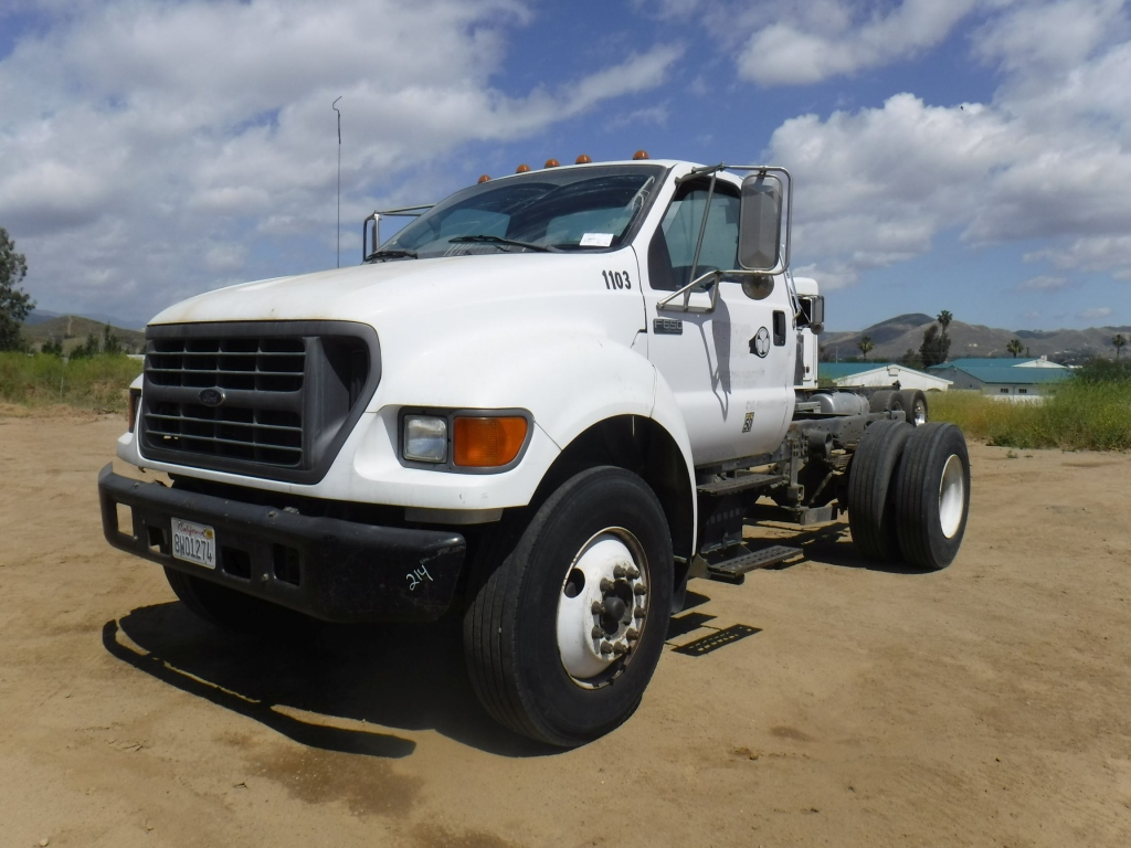 2001-ford-f650xl-equipment-cover-image