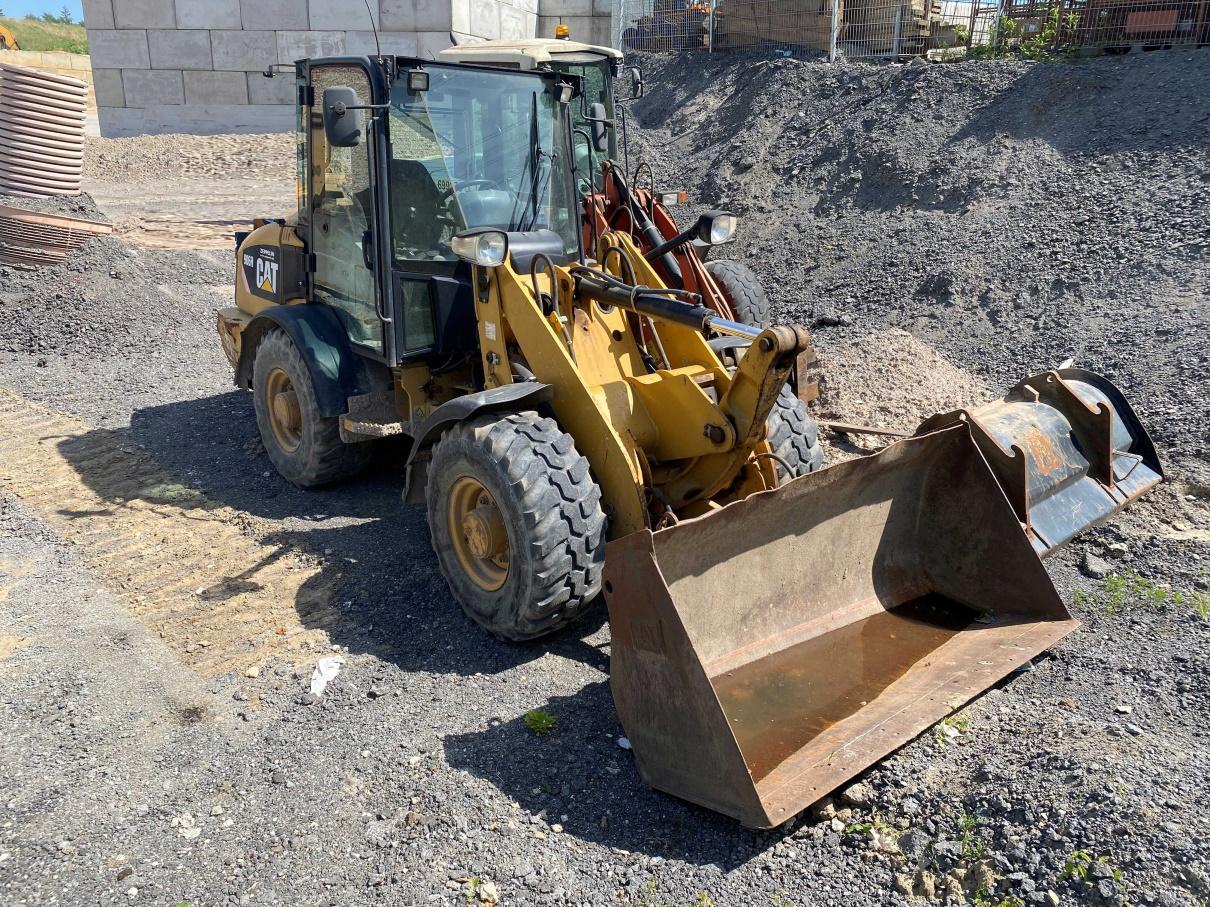 2008-caterpillar-906h-418908-equipment-cover-image