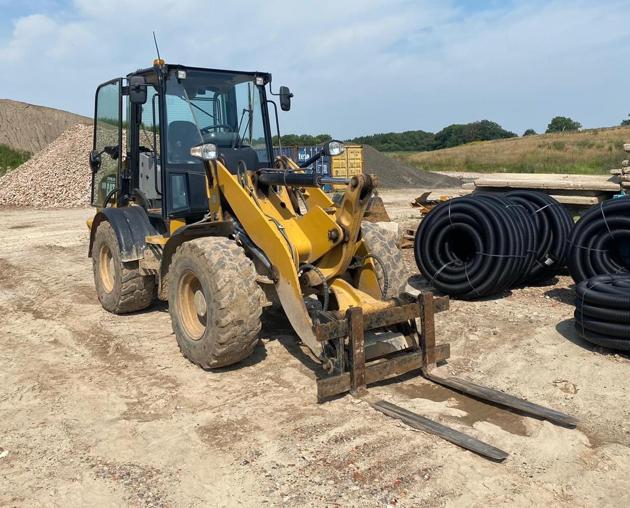 2017-caterpillar-908m-418907-equipment-cover-image