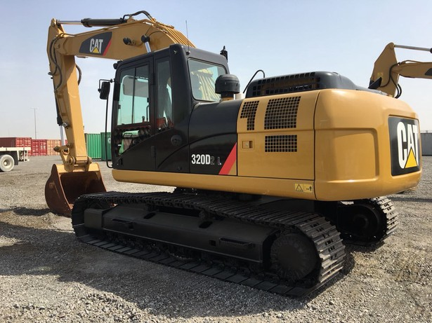 2018-caterpillar-320dl-equipment-cover-image