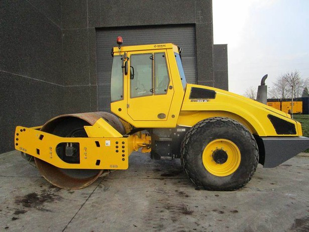 2014-bomag-bw-213-d-4-equipment-cover-image