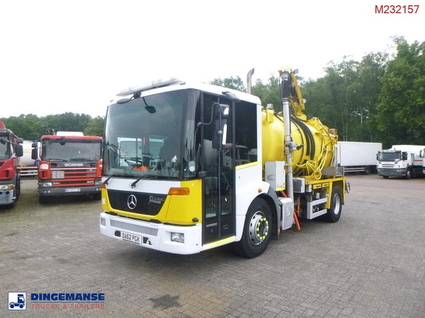 2013-mercedes-benz-econic-1824-equipment-cover-image