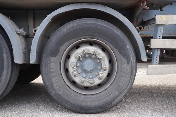 2003-mercedes-benz-axor-1940-ls-15343017