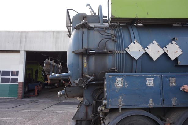 2003-mercedes-benz-axor-1940-ls-15343029