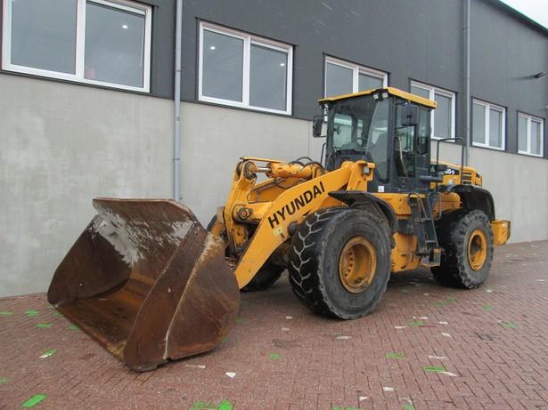 2012-hyundai-hl760-9-188026-equipment-cover-image