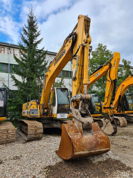 2014-liebherr-906-lc-equipment-cover-image
