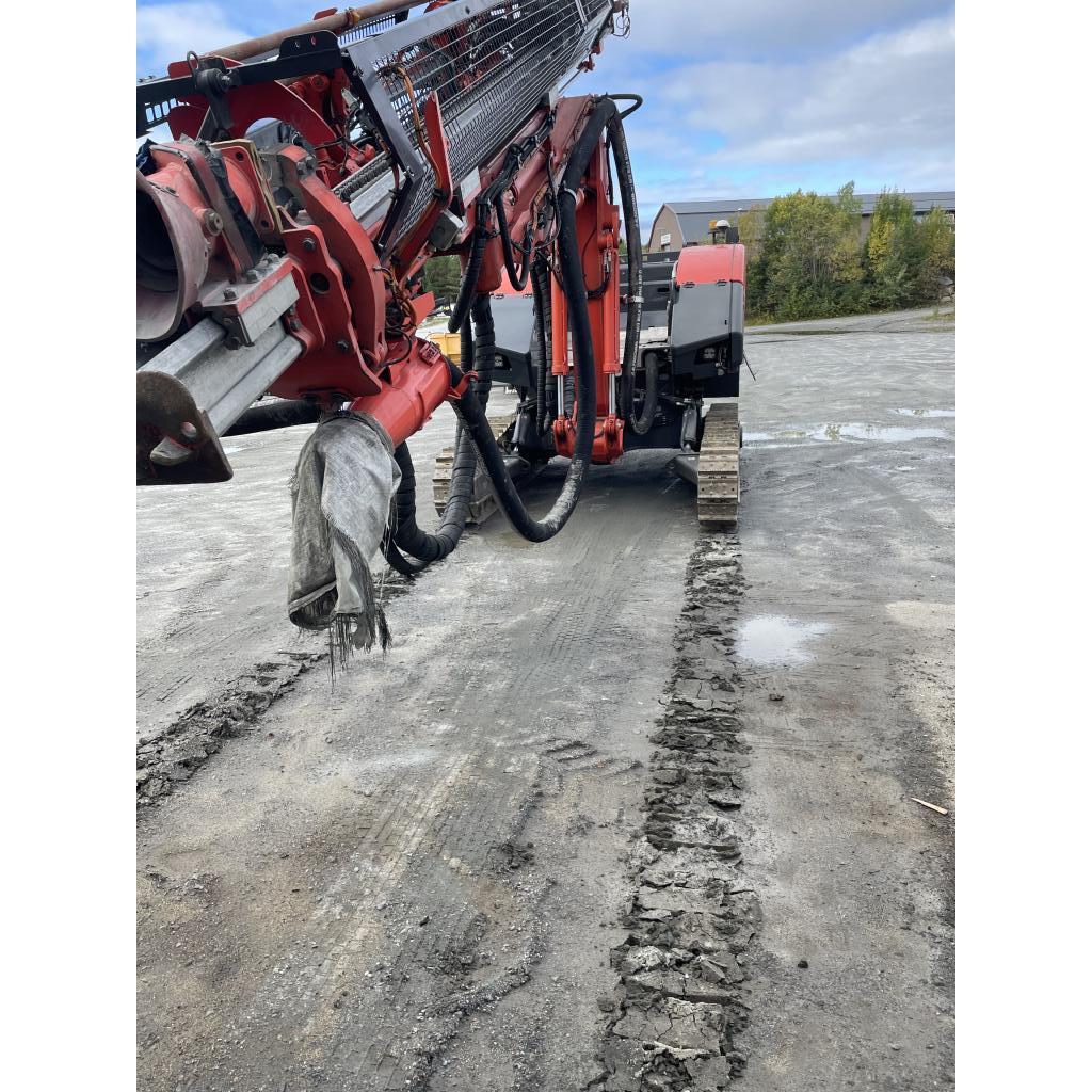 2016-sandvik-dino-dc400-ri-equipment-cover-image