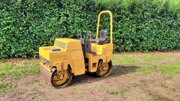 2015-bomag-bw100-equipment-cover-image