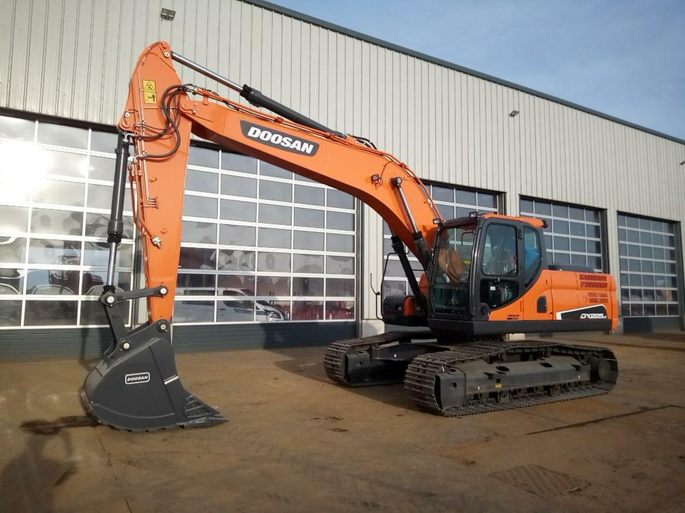 2021-doosan-dx225lc-452431-equipment-cover-image
