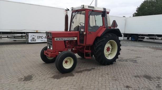 1983-international-743xl-equipment-cover-image