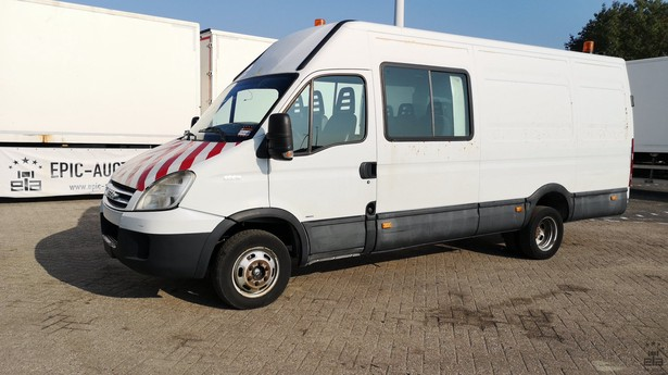 2009-iveco-daily-459692-equipment-cover-image