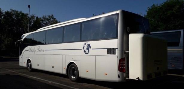 2015-mercedes-benz-tourismo-460217-19751424