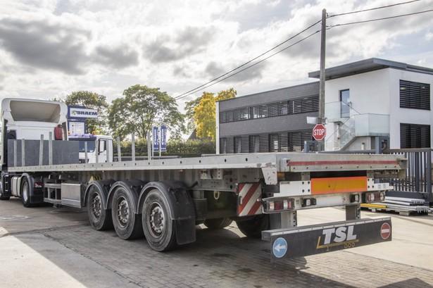 2014-system-trailers-plateau-19750315