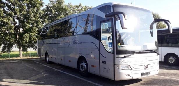 2015-mercedes-benz-tourismo-460217-19751426
