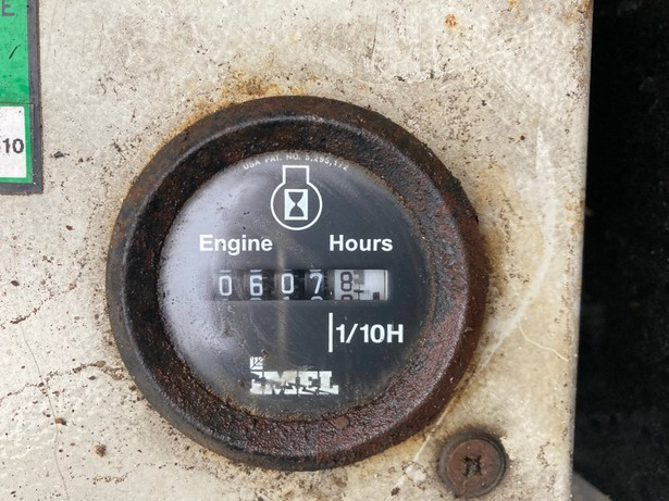 2006-oil-steel-octopussy-1465-460054-19749469