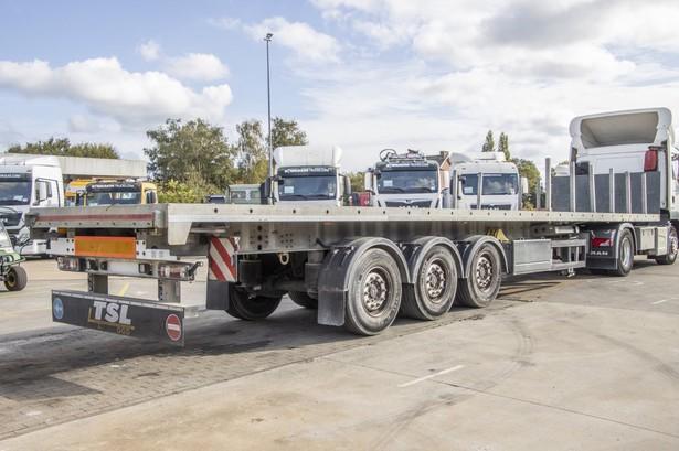 2014-system-trailers-plateau-19750314